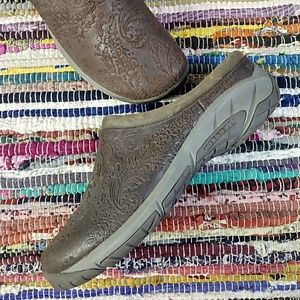 MERRELL Leather Mules